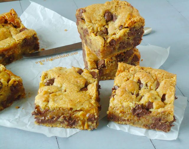 Salted Caramel Chocolate Chip Cookie Bars via Blahnik Baker