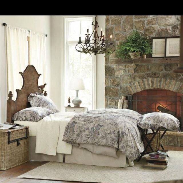 Cozy Bedroom Entrancing Decorating Inspiration