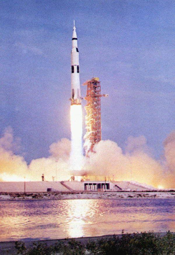 Apollo (spacecraft)