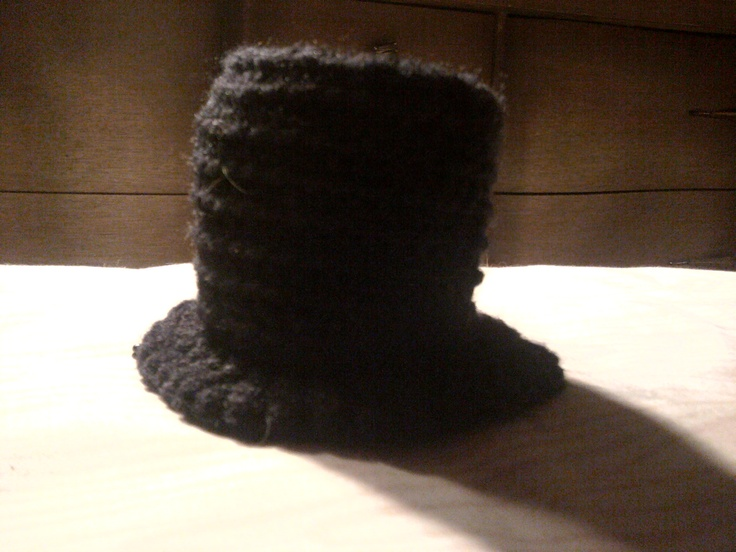 How To Crochet A Toy Top Hat: Free Pattern!