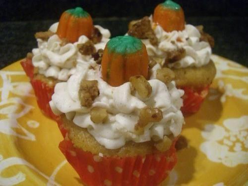 Pumpkin Spice Cupcakes with Vanilla Bean Spice Buttercream « The ...