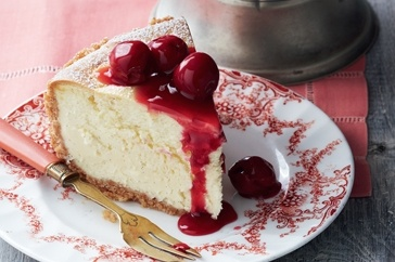 White chocolate cheesecake with sour cherry sauce | Cheesecakes ...