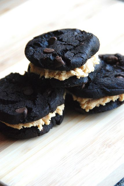 Double Chocolate Espresso Sandwich Cookies with Peanut Butter Frosting ...