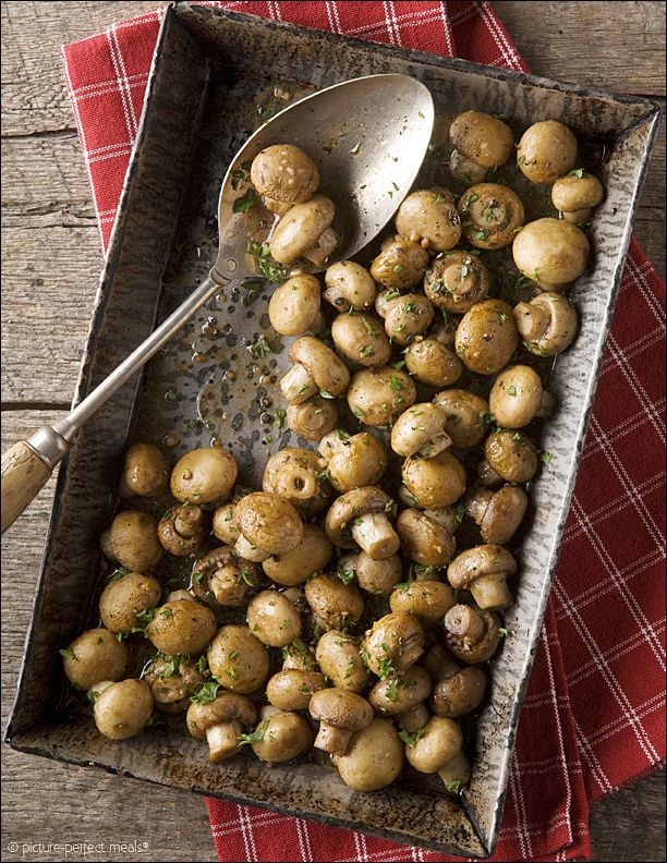 oven roasted mushrooms with butter, garlic, and parsley // This looks wonderful!