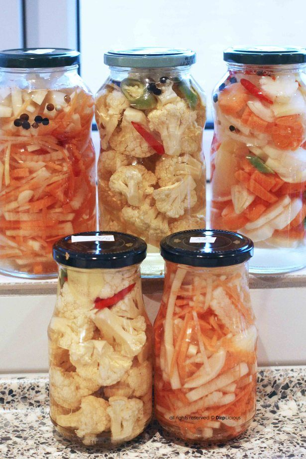 Do chua - Vietnamese pickled daikon and carrots