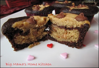 ... Home Kitchen: Chocolate ~ Peanut Butter Cheesecake Layered Cupcakes