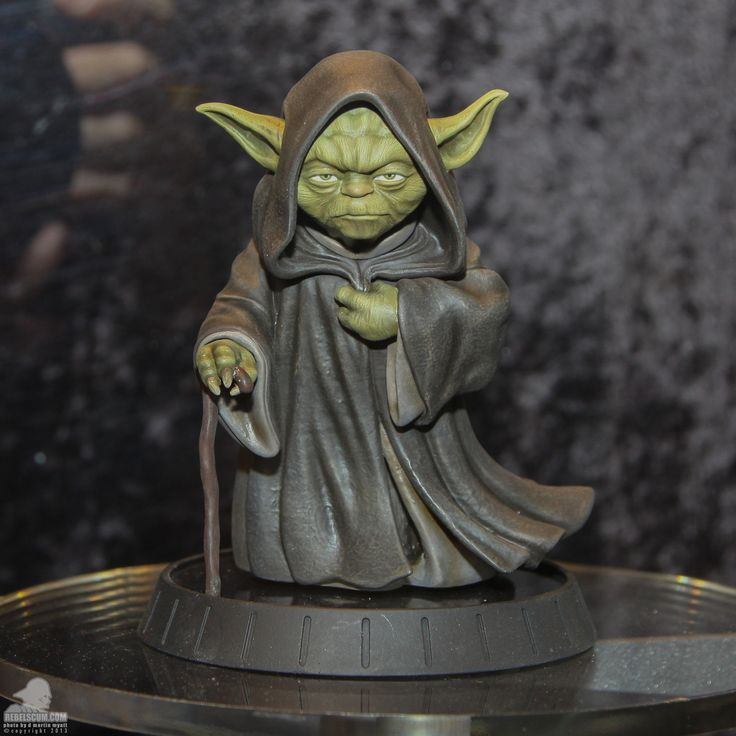 new yoda statue from gentle giant crap i want but don 39 t. Black Bedroom Furniture Sets. Home Design Ideas