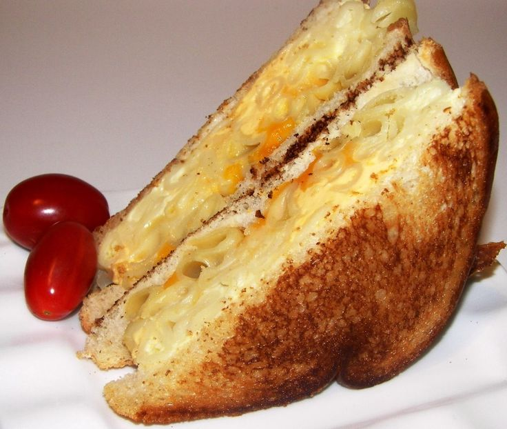 Grilled Macaroni And Cheese Sandwiches Recipe — Dishmaps