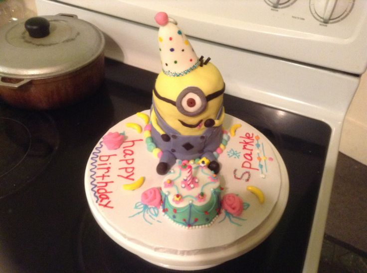 Minion birthday cake by Itty Bitty Confections | Cakes and desserts ...