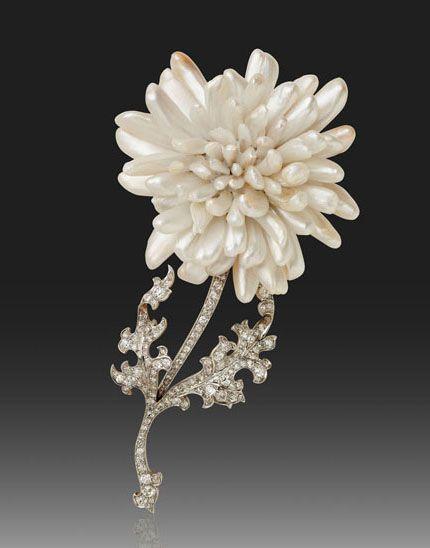 TIFFANY & Co: 1900 Миссисипи жемчуг цветок брошь