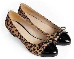 http://womenista.info/wp-content/uploads/2012/12/Wide-Womens-Shoes.jpg