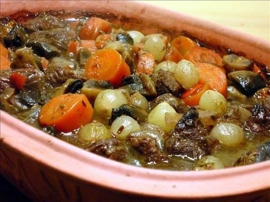 BEEF BOURGUIGNON - JULIA CHILD'S RECIPE | Ode to the crock pot | Pint ...