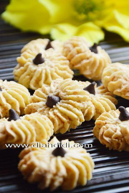 Diah Didi's Kitchen: Sagu Keju | Recipes - Indonesian Dessert & Snack ...
