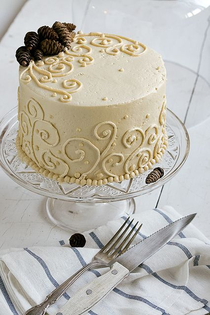 Sweet Potato Ginger Spice Cake with Toasted Marshmallow Filling and ...