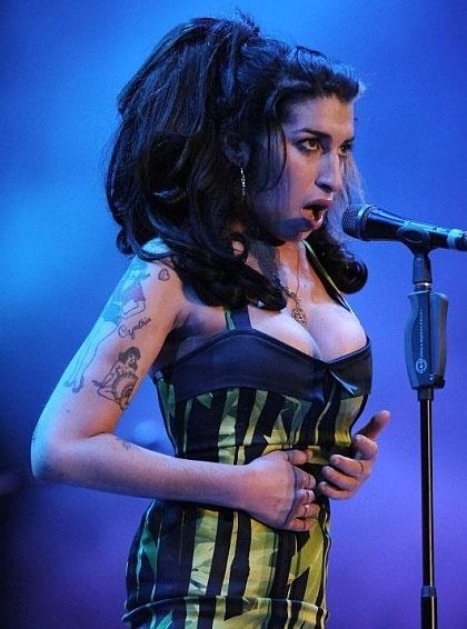 Amy Winehouse: Belgrade Meltdown | Front Stage