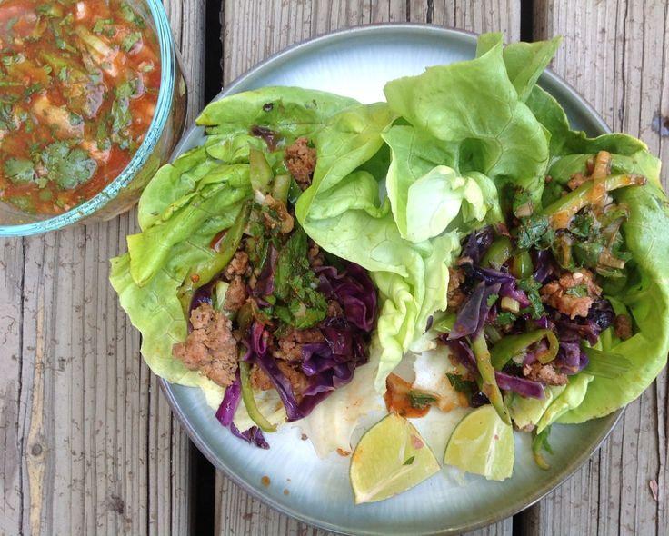 Paleo Sriracha Pork Lettuce Tacos #paleo #taysteofpaleo