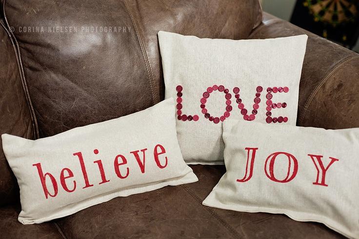 Christmas Throw Pillows Diy : DIY Holiday throw pillows holiday--christmas Pinterest
