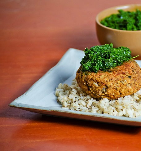 Vegan Red Lentil Burgers with Kale Pesto | Vegan | Pinterest
