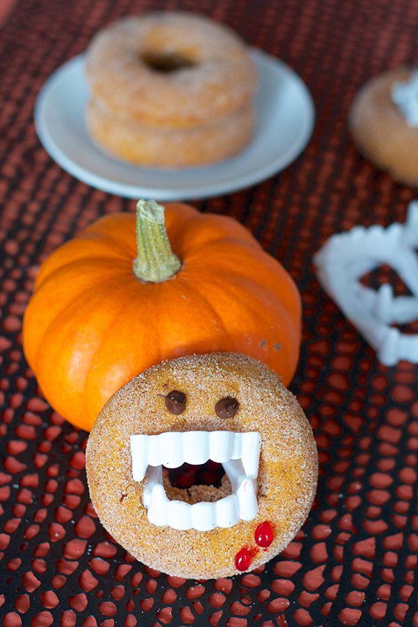 Vampire Pumpkin Spice Donuts | Halloweenie | Pinterest