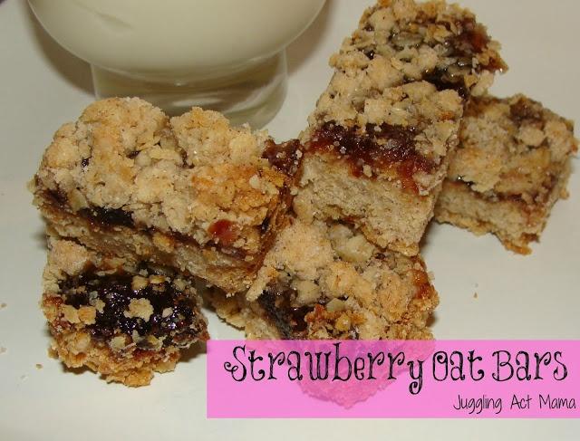 Juggling Act: Strawberry Oat Bars | Food - Breakfast | Pinterest