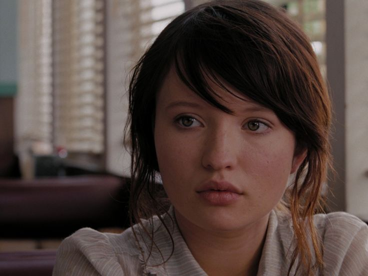 Emily Browning How Old Was She In Uninvited 26