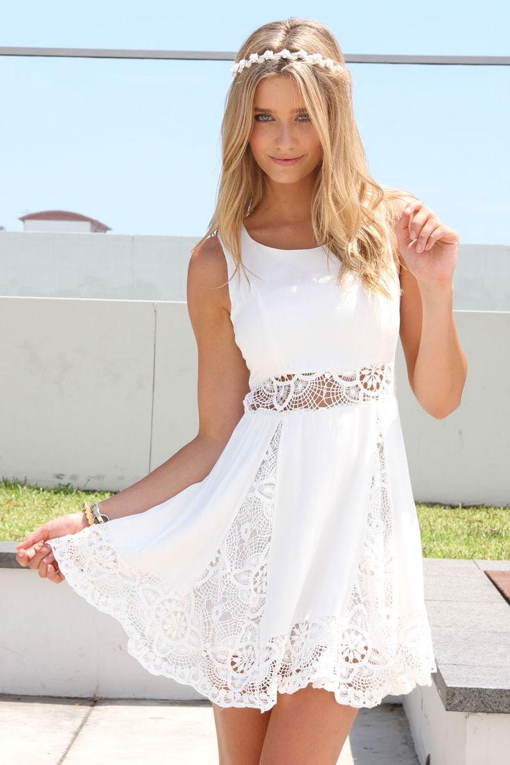 #white #dress #lace #fashion #summer #inspiration