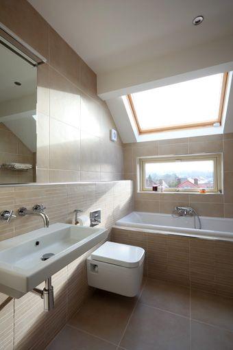 moderne #badkamer, schuin plafond