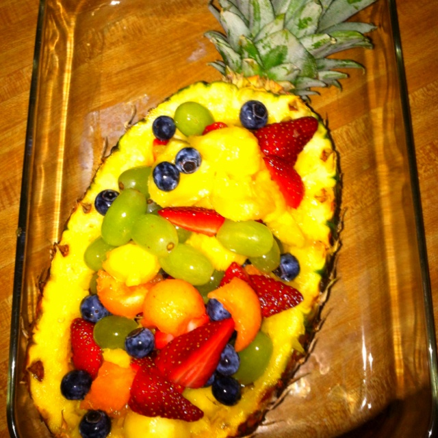 Pineapple fruit bowl | Food and Drink | Pinterest