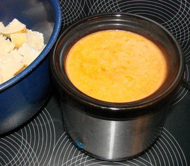 Tomato Cheese Fondue | Recipe