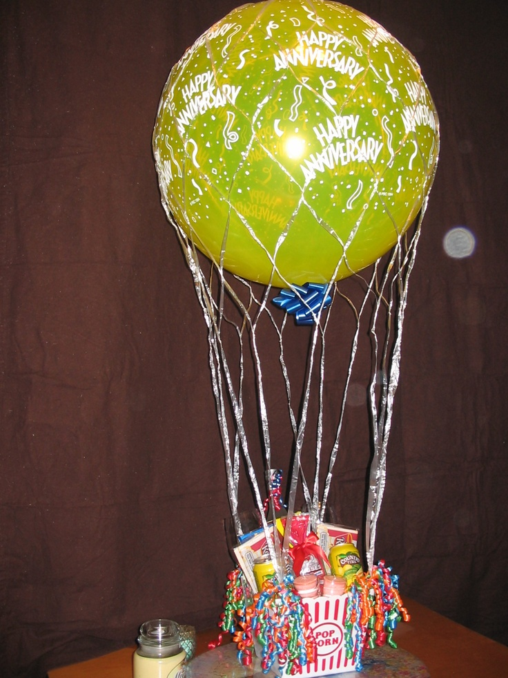 Hot air balloon centerpieces church balloon boom pinterest for Balloon nets for centerpieces