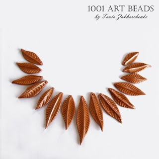 Free step-by-step tutorials: Beads in the Form of a Leaf. Razor handle for texture!