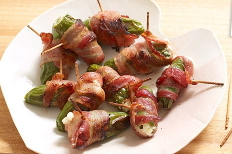 Cream Cheese-Bacon Jalapeno Poppers | A Foodie's Following | Pinterest