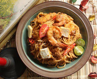 Mee Goreng Mamak (Mamak Fried Noodles) | Food | Pinterest
