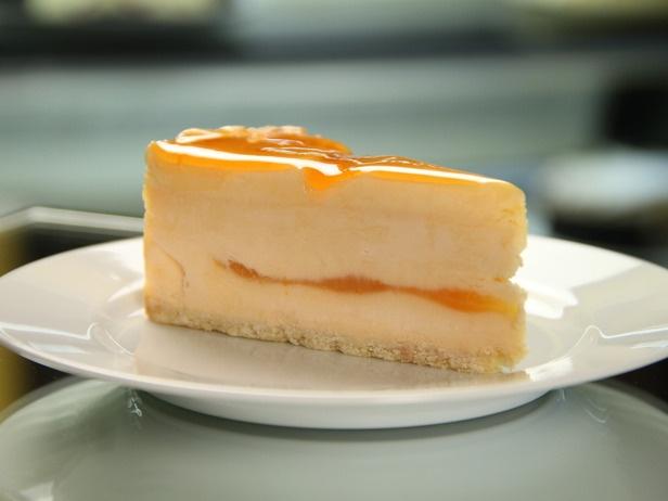 Blood orange champagne cheesecake ...dec-AAAh-dent
