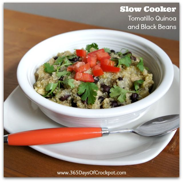 ... Slow Cooker Tomatillo Quinoa and Black Beans (with or without chicken