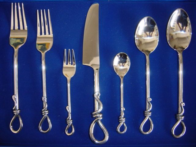 Pin by carolyn martell on beautiful things for a perfect home pinte - Thailand silverware ...