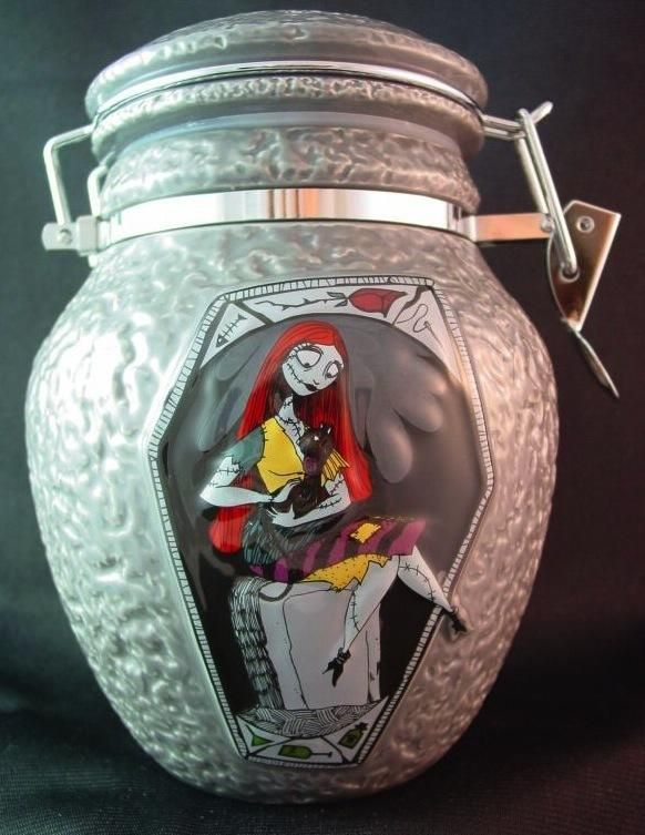 ... Nightmare Before Christmas Sally Deadly Night Shade Decanter/Jar/Urn