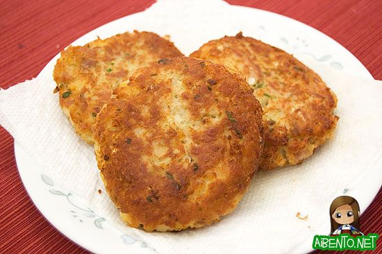 tuna patties-only take a few mins to make 2 or 3 days worth