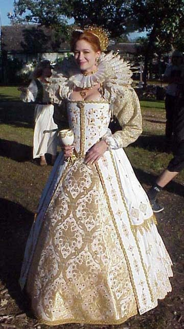 Elizabethan gown - curve the bodice upward and remove the neck ruffle ...