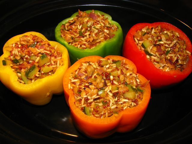 Vegetarian stuffed peppers | entrees - vegetarian | Pinterest