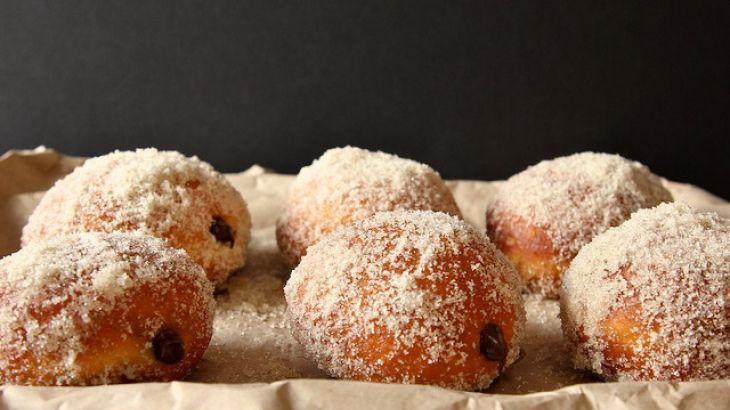 Chocolate Cream Filled Vanilla Sugar Doughnuts Recipe | Yummly