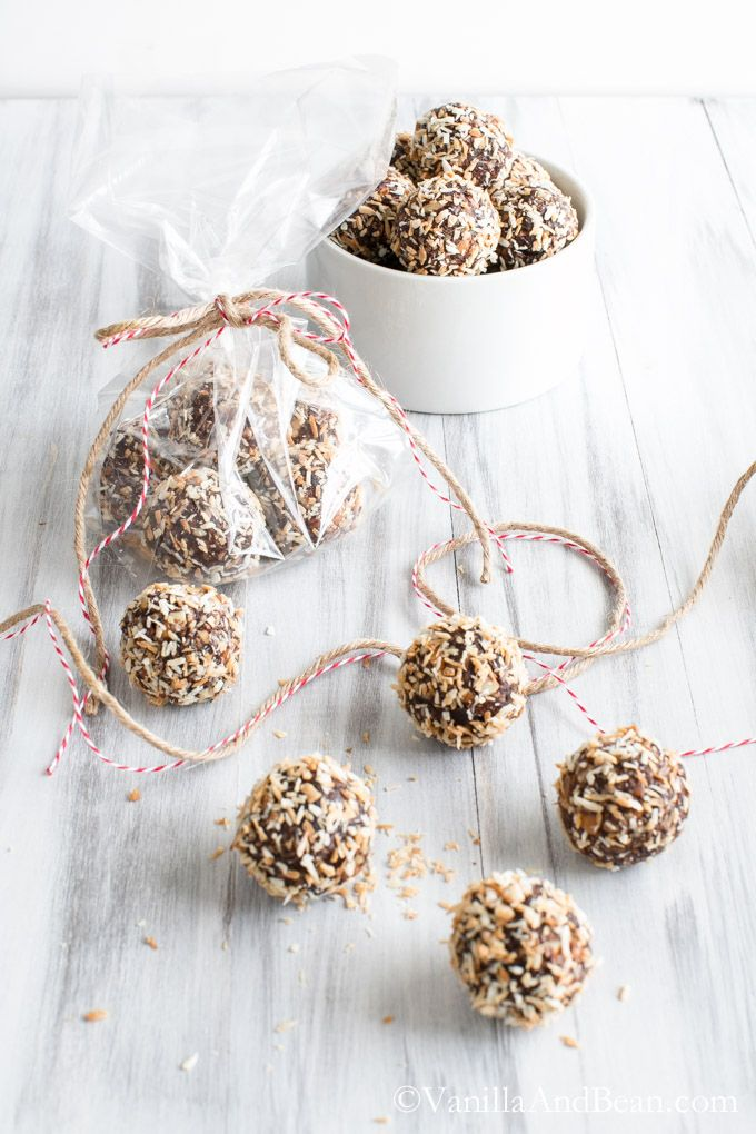 Bourbon Date Nut Truffles {V + GF}| Vanilla And Bean