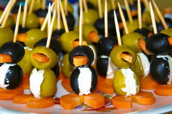 Penguin Attack  #penguin #foodart #funny