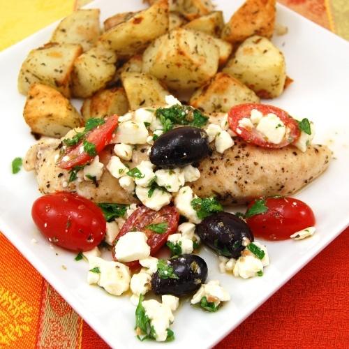 Greek Salsa Chicken by sweetpeaskitchen #Chicken #Greek #sweetpeaskitchen