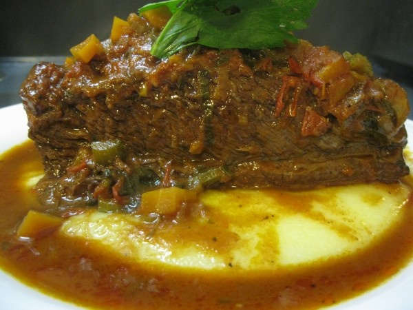 Tomato-Braised Short Ribs with Creamy Parmesan Polenta. Great winter ...