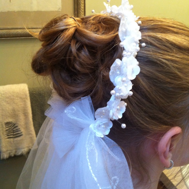 Amanda's Communion hairstyle done by me:)