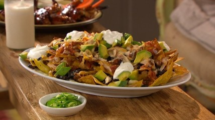 Chicken Black Bean Nachos | Appetizers | Pinterest