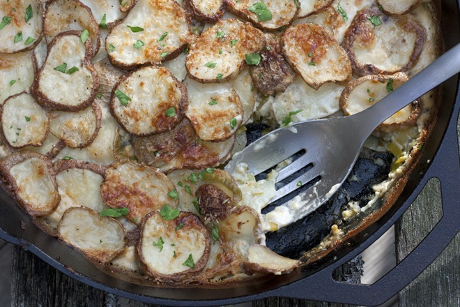 Potato leek gratin. I love potato gratin of any kind and this looks ...