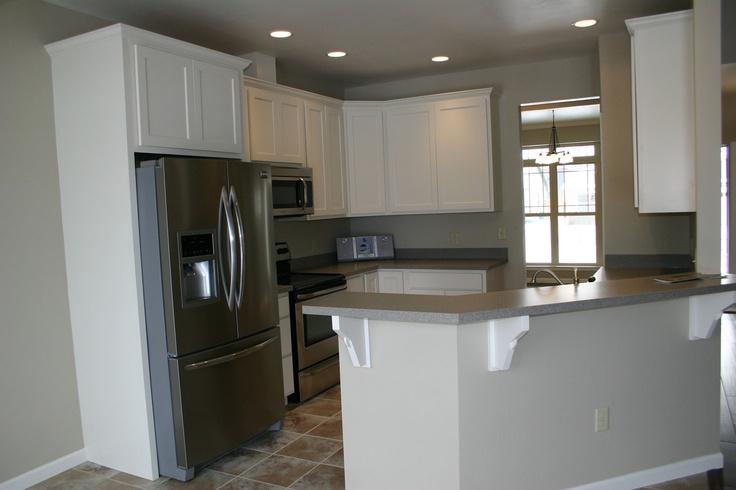 Open kitchen 42 upper cabinets hg inc bozeman mt for 42 upper kitchen cabinets