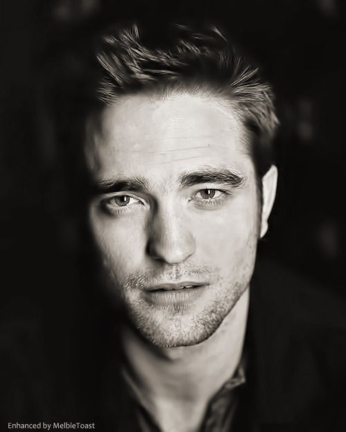 melbietoast: Rob in London during the Cosmopolis promo.